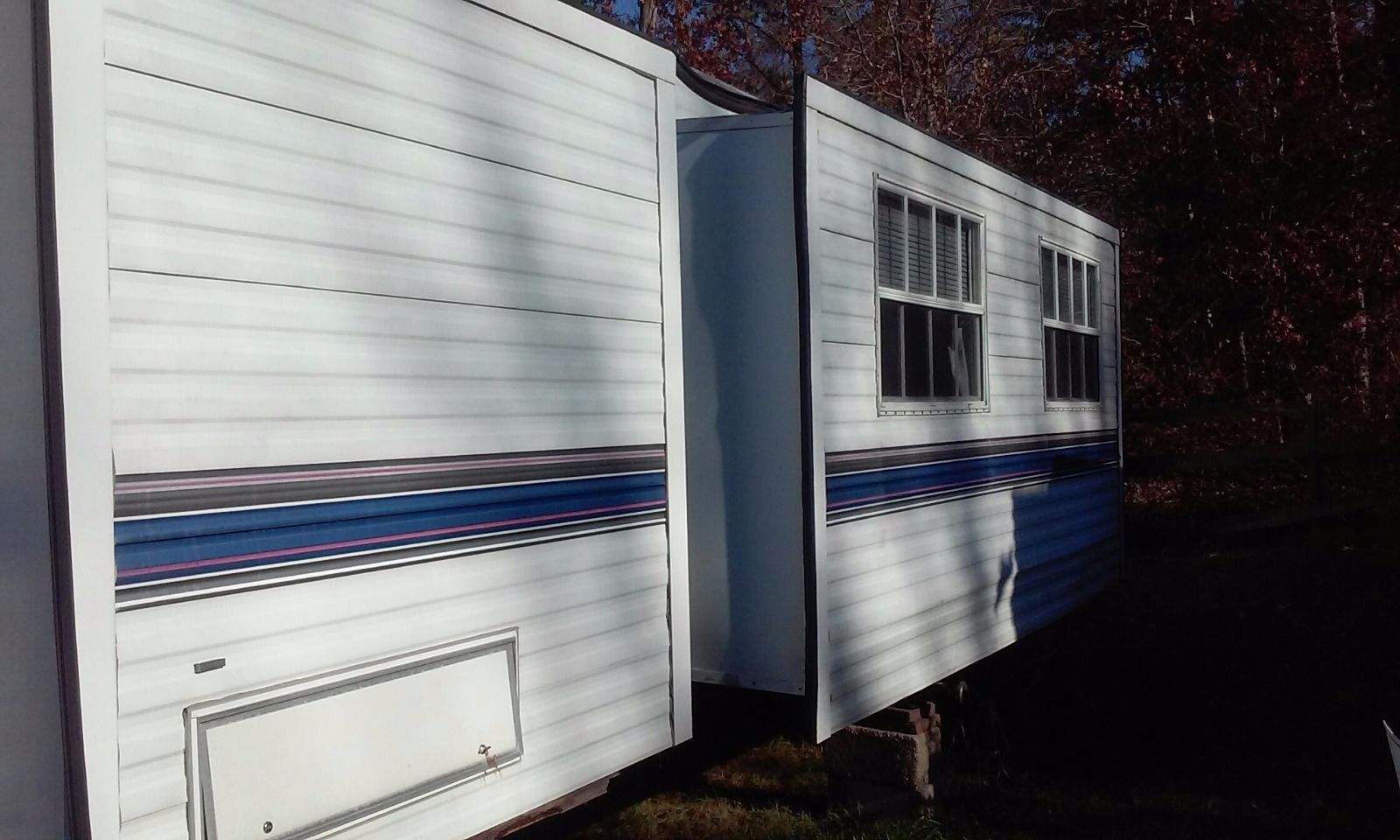 1995 Fleetwood 40′ Terry Travel Trailer Double pop out