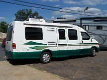 2001 Winnebago Volkswagon Rialta 22HD