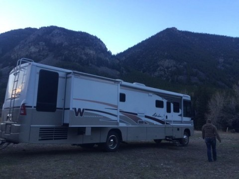 2004 Winnebago Adventurer 37b motorhome for sale