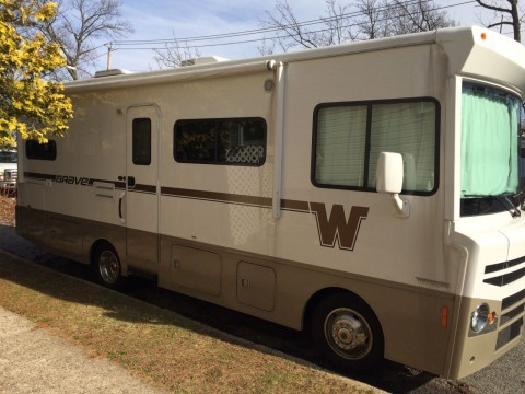 2015 Winnebago Brave 26A for sale