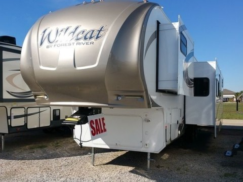 2016 Forest River Wildcat 323 5th Bunkhouse for sale