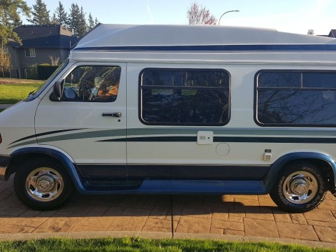 2000 Dodge Starflyte Class B Camper van for sale