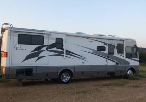 2006 National Dolphin Coach for sale