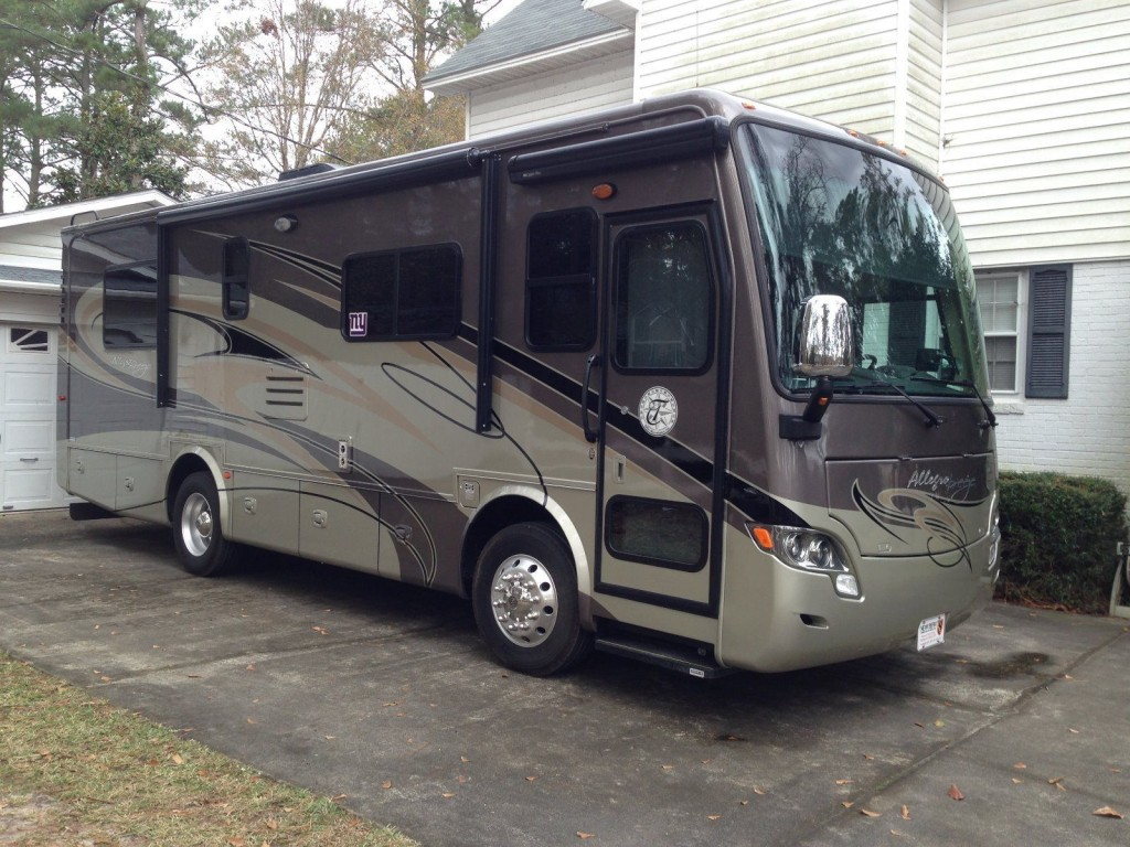 2012 tiffin allegro breeze diesel pusher motorhome for sale for Motor homes for sale in maine
