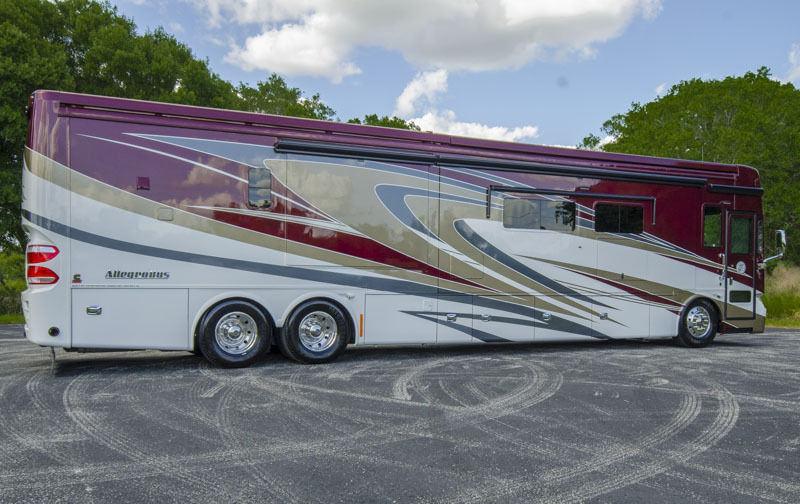 2014 Tiffin Alegro Bus 45LP Quad Slide Bath & Half 450 Cummins for sale