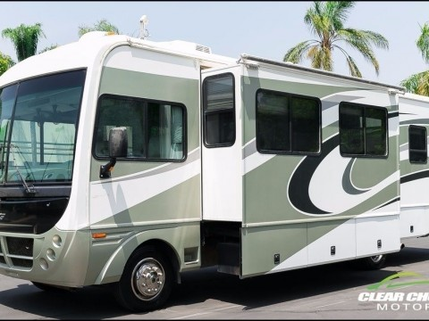2006 Fleetwood Southwind 32VS 33′ RV Motorhome Two Slide for sale