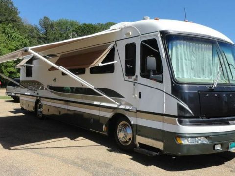 Turbo diesel 1997 Fleetwood American Tradition 38TF camper RV for sale