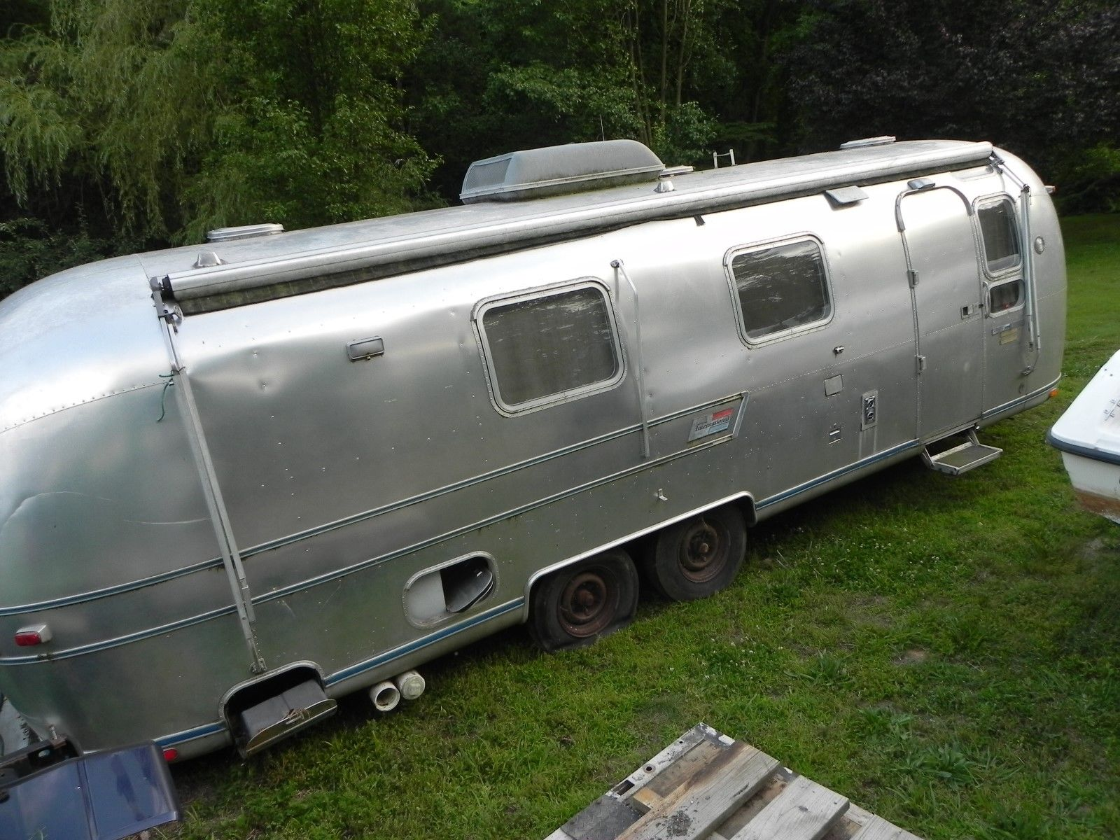 Antique 1974 Airstream Land Yacht camper trailer for sale