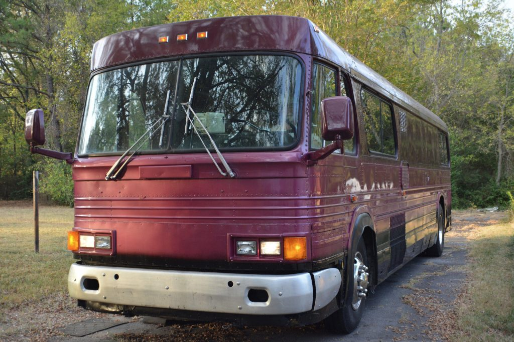 Bus conversion 1964 GM PD 4106 camper for sale
