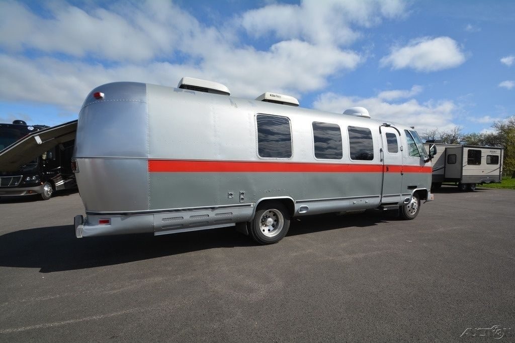 Converted 1989 Airstream 29 Camper Motorhome Rv For Sale
