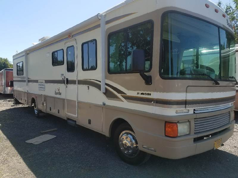 Maintained 1999 Fleetwood BOUNDER camper motorhome