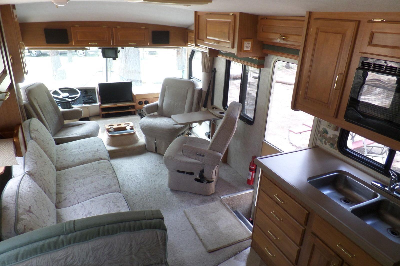 New equipment 1996 Fleetwood Southwind camper motorhome