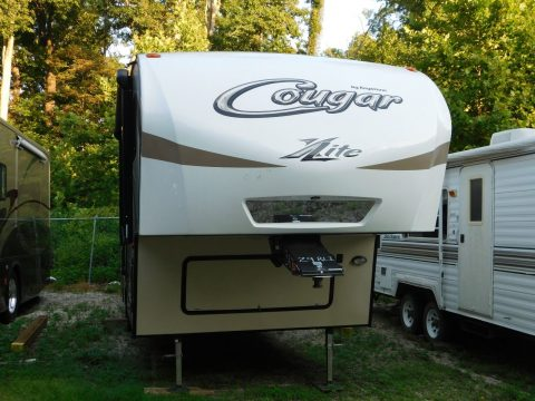 Polar Package 2016 Keystone Cougar 29RLI camper for sale