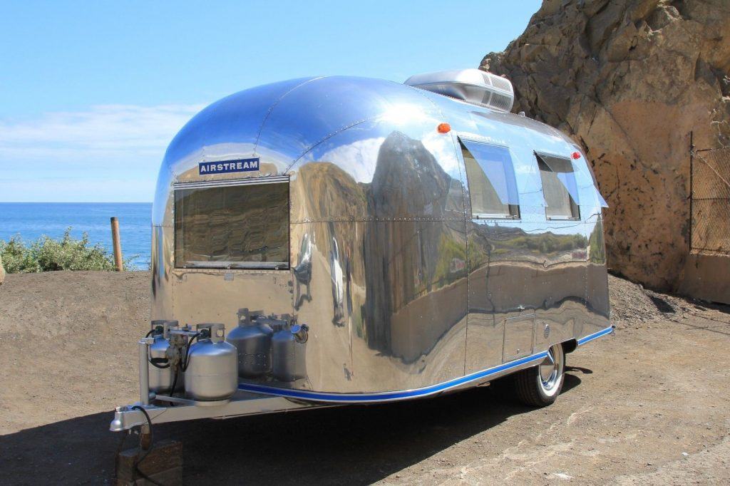 Vintage 1967 Airstream Caravel Camper Trailer