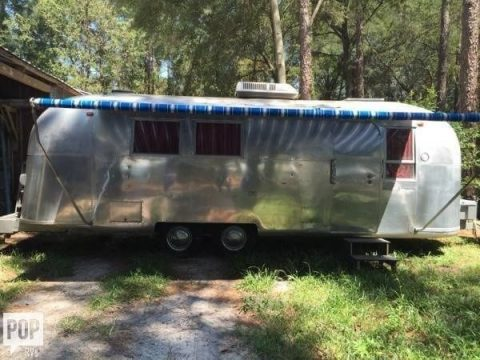 cosy 1965 Airstream 26 Overlander camper trailer for sale
