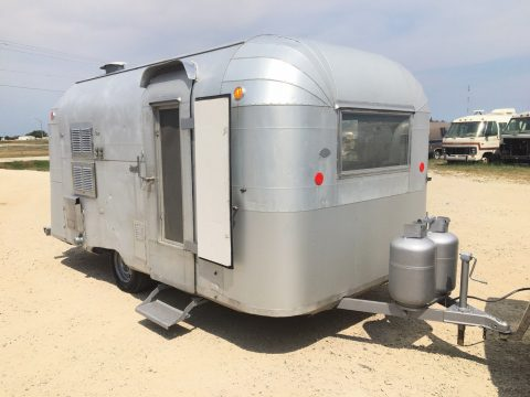 needs work 1963 Airstream Silver Streak Sabre camper trailer for sale