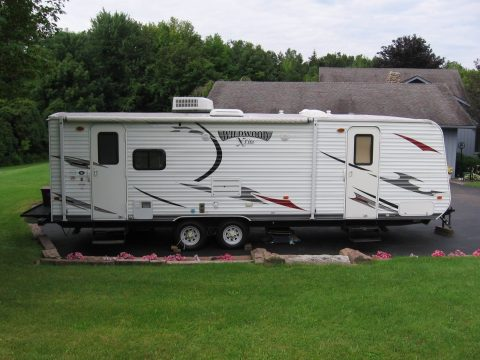 new tires 2013 Forest River camper trailer for sale