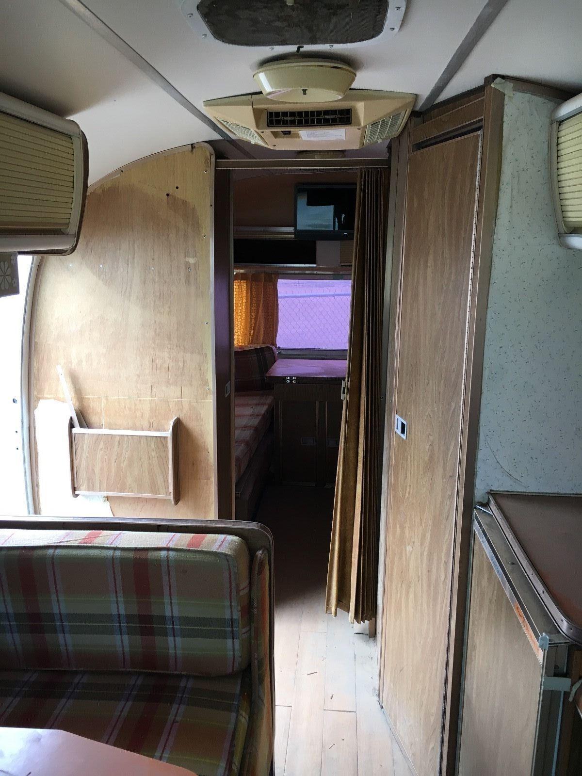 timeless classic 1975 Airstream ARGOSY camper motorhome