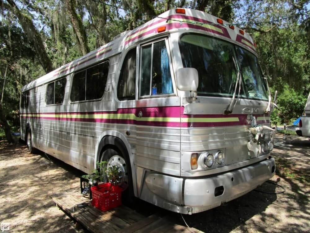Fully Equipped 1965 Gmc Pd4106 Camper Bus For Sale
