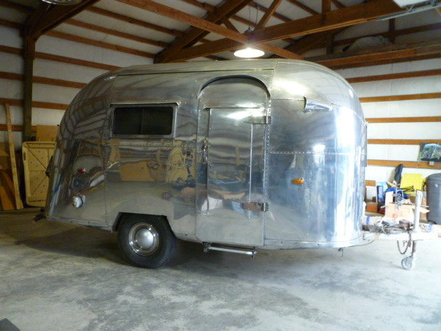 needs work 1957 Airstream Bubble camper trailer