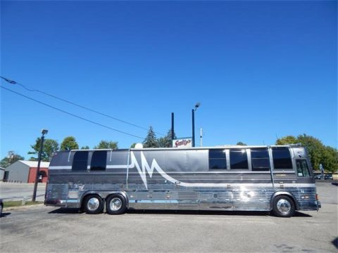 1 awning 1997 Prevost Vogue XLV camper motorhome for sale