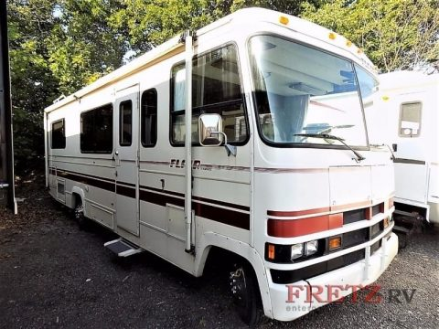 clean 1990 Fleetwood Class A Motorhome Flair camper for sale