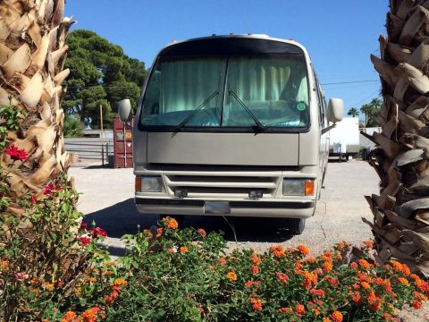 new paint 1990 Champion motorhome camper RV for sale