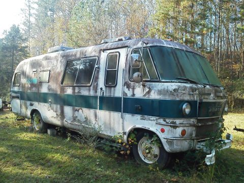 no brakes 1970 Dodge Travco camper for sale