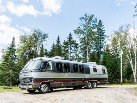 top shape 1991 Airstream Classic Motorhome camper for sale