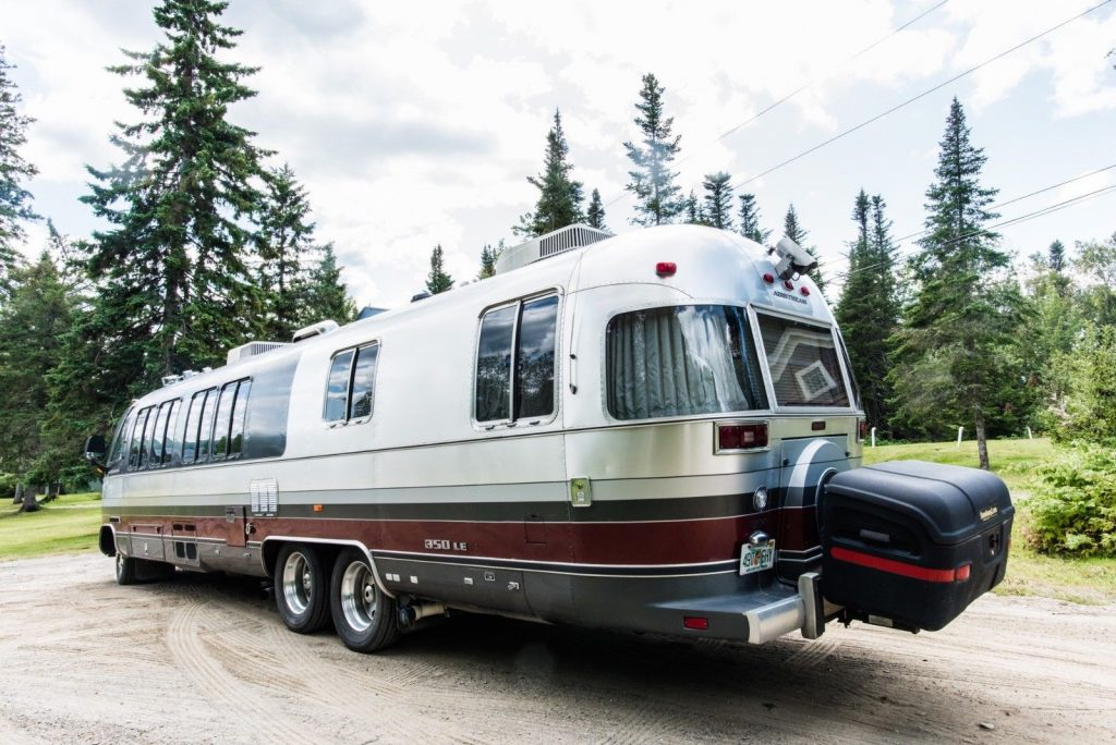 top shape 1991 Airstream Classic Motorhome camper