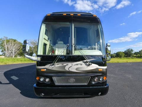 two slideouts 2006 Prevost Marathon H3 45 camper for sale
