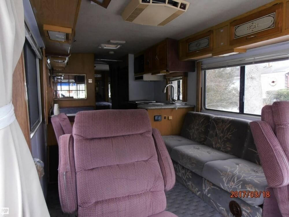 luxurious 1992 Gulf Stream Gulf Stream camper RV