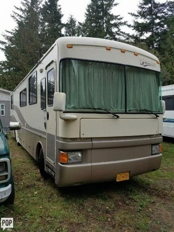 equipped 1997 Fleetwood Discovery camper