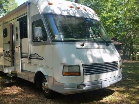 great home on wheels 1996 Newmar Kountry Star camper for sale