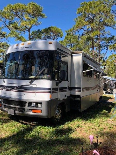 serviced 1999 Winnebago Adventurer 35C camper for sale