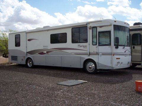3 awnings 2000 Itasca horizon camper for sale