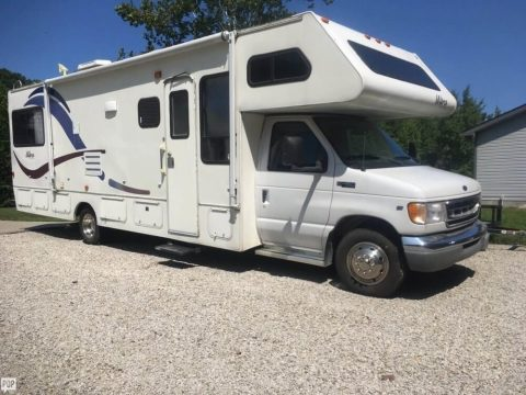 great shape 2000 Gulf Stream Ultra camper for sale