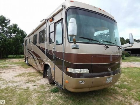 stuffed with equipment 2001 Monaco Executive 40 DS camper for sale