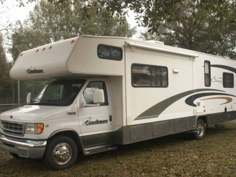 low miles 2002 Coachmen Santara camper for sale