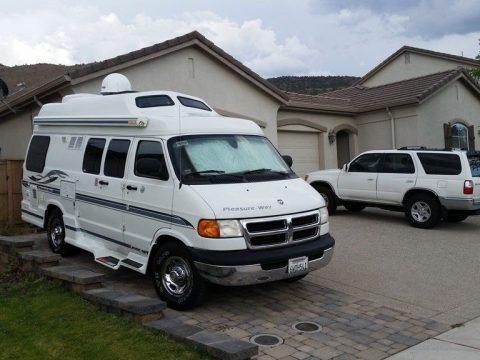 nice features 2002 Dodge Pleasure Way Lexor camper RV for sale
