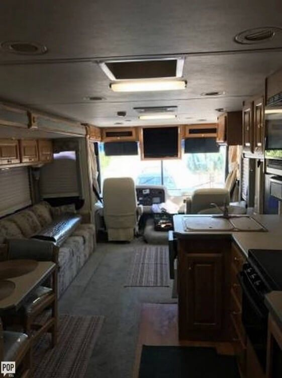 very nice 2002 Holiday Rambler Admiral camper rv