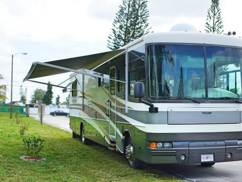 low miles 2003 Fleetwood Expedition 39Z camper rv for sale
