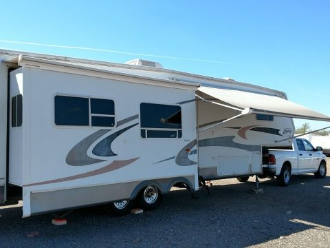 needs TLC 2003 Jayco Jayco Designer 3610 RLTS camper for sale