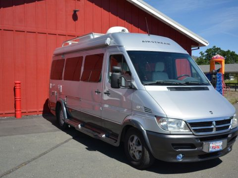 beautifully maintained 2005 Airstream Interstate 2500 camper for sale