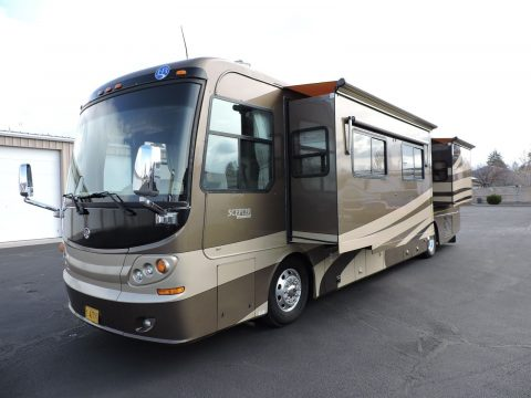 very good condition 2005 Holiday Rambler Scepter 40 camper for sale