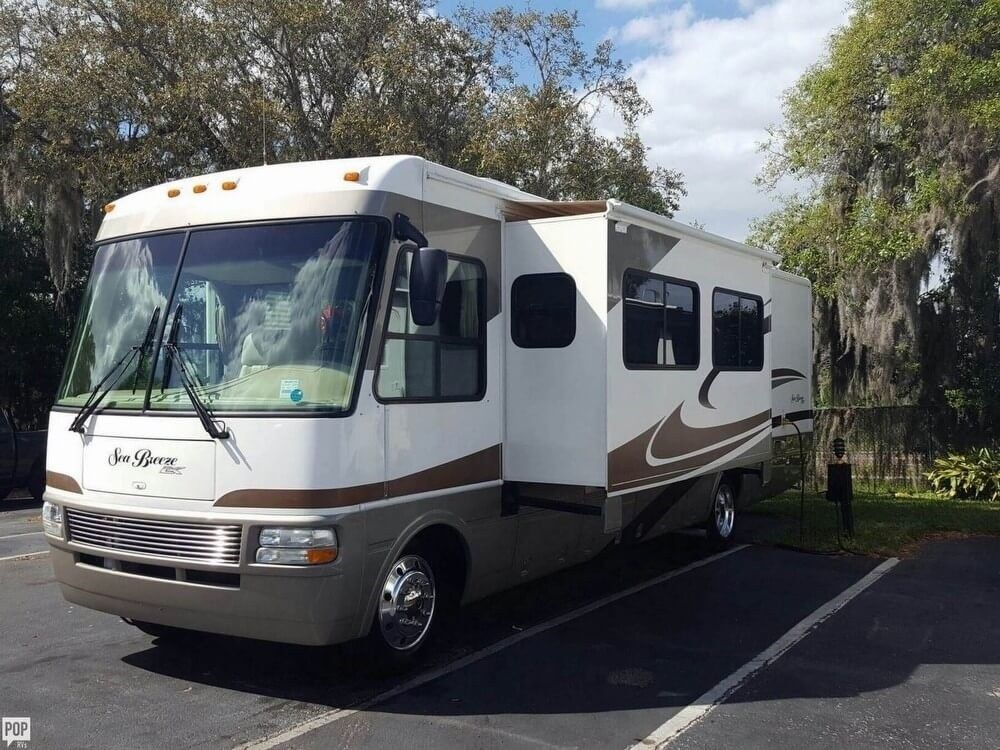 equipped 2006 National Sea Breeze camper rv