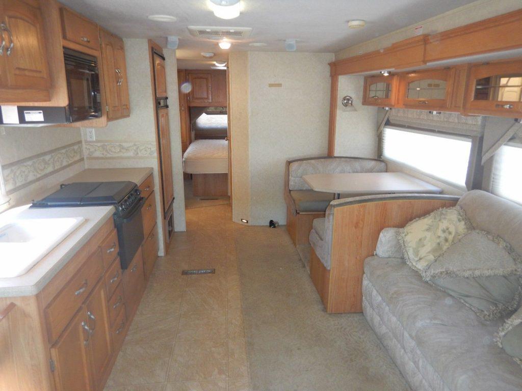 home on wheels 2006 Jayco Granite Ridge 3100SS camper rv
