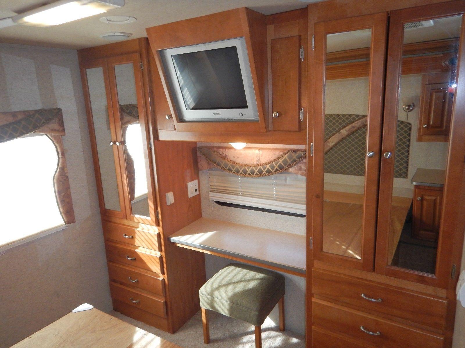 new generator 2006 Gulf Stream Sun Voyager 8368 camper rv