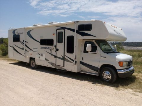 new paint 2006 Coachmen Freelander camper rv for sale