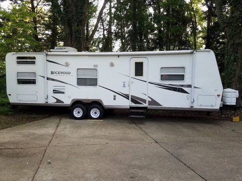 Everything works 2008 Rockwood Travel Trailer camper for sale